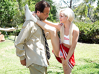 Blonde cheerleader chick Elsa Dream gets fucked by her teachers cock